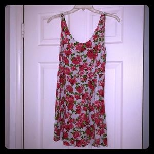 Pink and white floral H&M dress size 4
